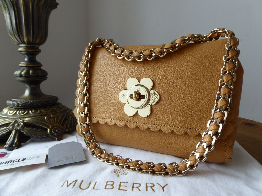 Mulberry Regular Cecily Flower Shoulder Bag in Biscuit Brown Glossy Goat