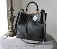 Mulberry Large Kensington Drawstring Satchel in Black Small Classic Grain - New*