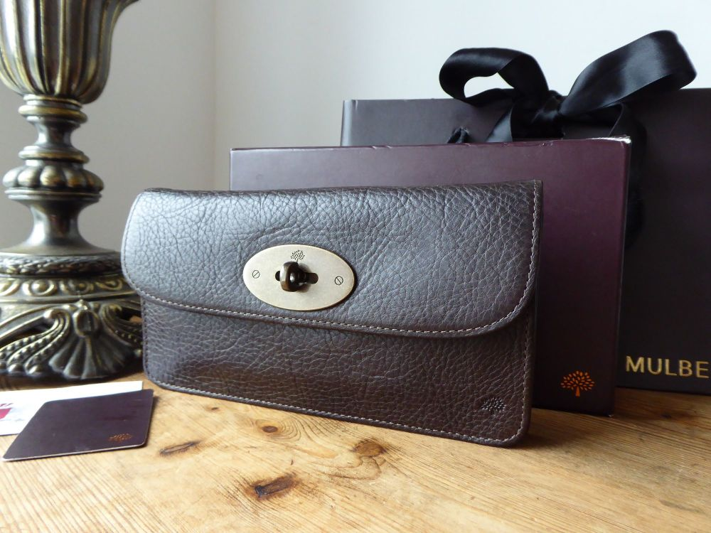 Mulberry Classic Long Locked Continental Purse in Chocolate Darwin Leather