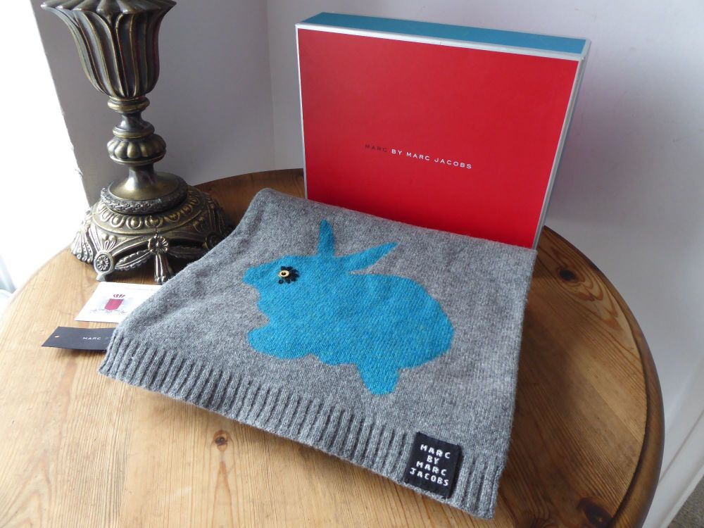Marc by Marc Jacobs Reversible Rabbit Scarf in Grey and Teal Blue Wool - As