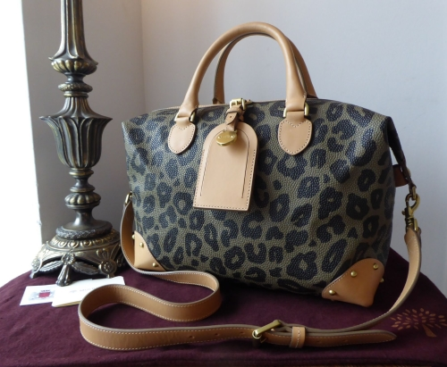 5d54c56b8f56 Mulberry Small Clipper Duffle in Leopard Print Bird s Nest Scotchgrain ...