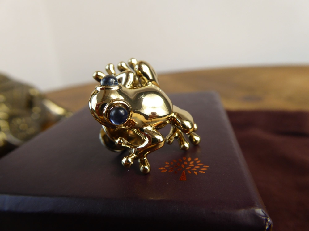 Mulberry Frog Pin Brooch in Shiny Pale Gold