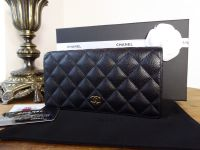 Chanel Classic Yen Purse Wallet in Black Caviar with Gold Hardware