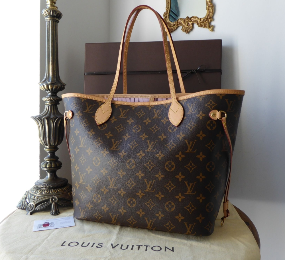 Louis Vuitton Neverfull MM in Monogram with Rose Ballerine Lining