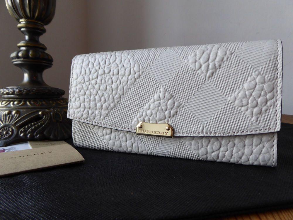 Burberry Porter Continental Purse in Stone White Embossed Check Shrunken Ca