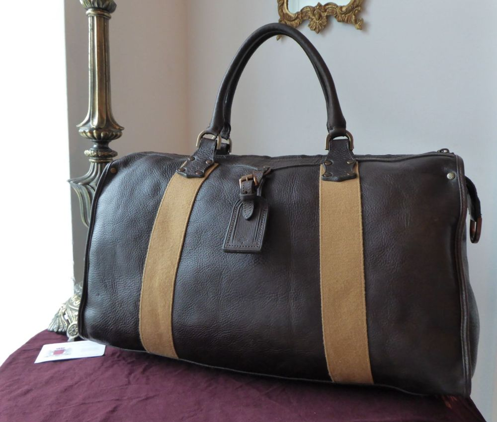 Mulberry Poynton Travel Duffle Clipper in Chocolate Darwin Leather