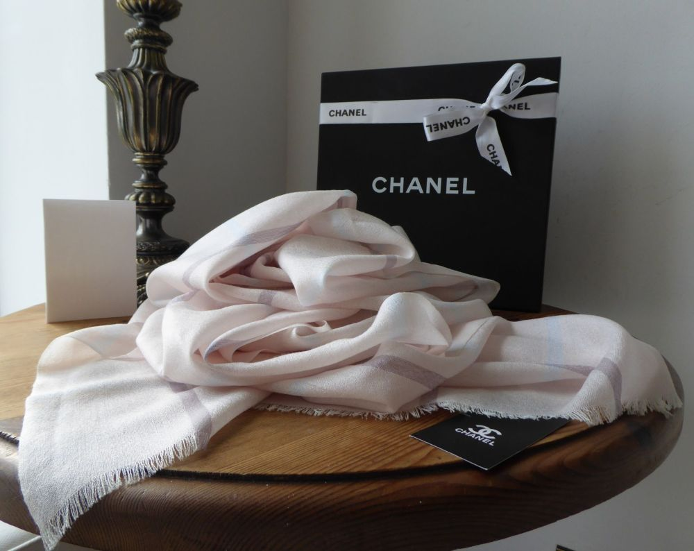 Chanel XL Stole Scarf Wrap in Pale Apricot Pink Checked Silk Cashmere Blend