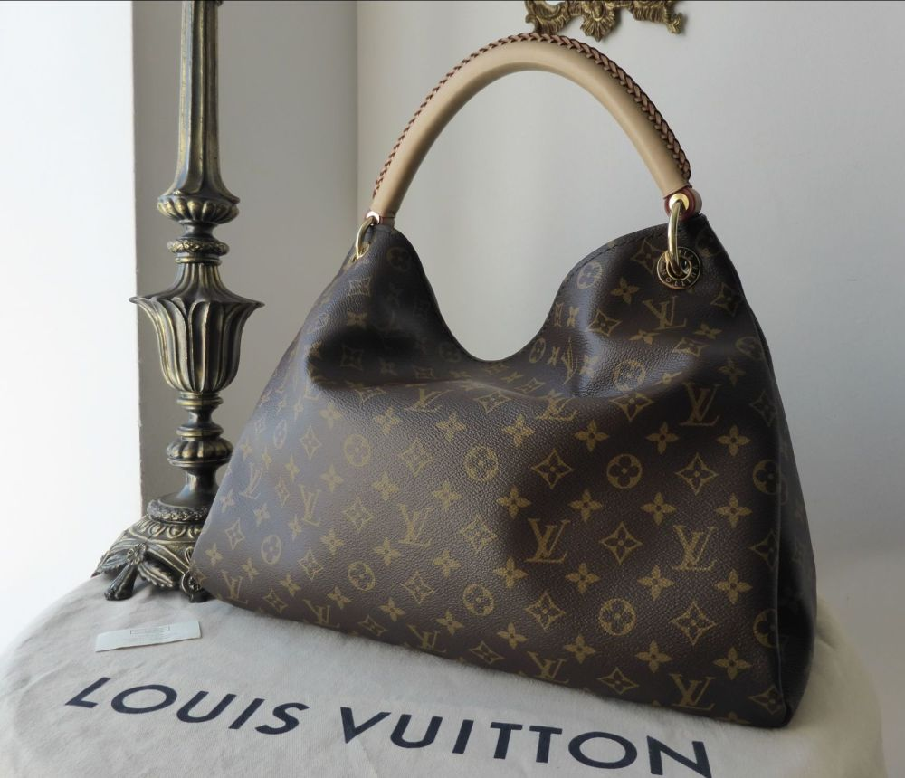 bdb5aa5b0cbc Louis Vuitton Artsy MM in Monogram Canvas without Hanging Charm ...