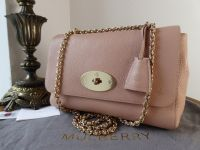 Mulberry Lily Medium in Rose Petal Small Classic Grain
