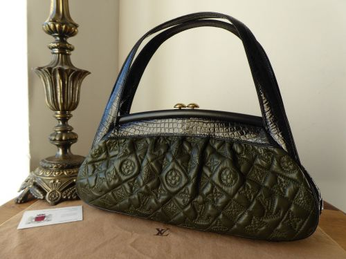 Louis Vuitton Limited Edition Vienna Sac Fermoir MM in Quilted Olive Lambsk