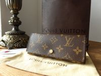 Louis Vuitton Pochette Rivet Pouch Case in Monogram Fuchsia