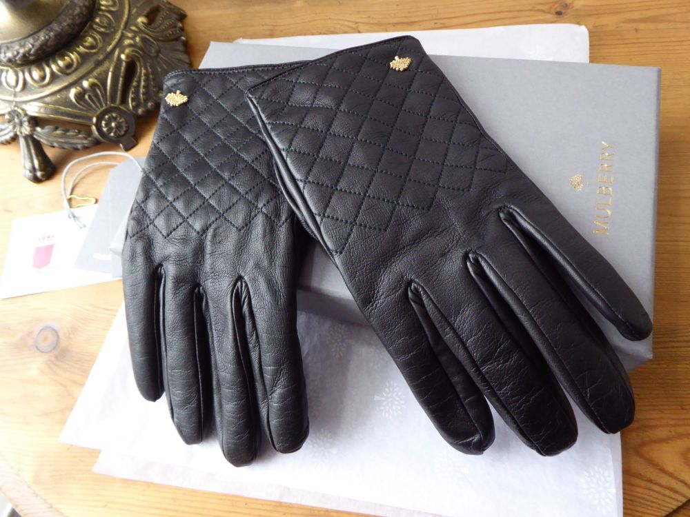 d5ce4af73827b Mulberry Cashmere Lined Ladies Gloves in Black Quilted Nappa - SOLD