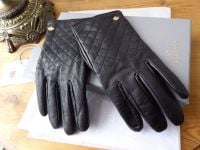 Mulberry Cashmere Lined Ladies Gloves in Black Quilted Nappa