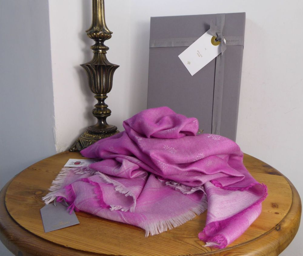 Mulberry 100% Cashmere Tamara Wrap in Mulberry Pink - New