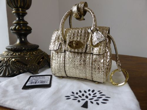 Mulberry Shrunken Micro Bayswater Oversized Charm in Champagne Gold Metalli