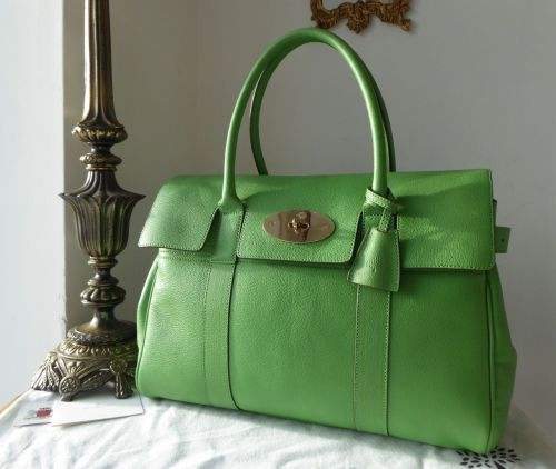 Mulberry Classic Heritage Bayswater in Grass Green Glossy Goat Leather - As