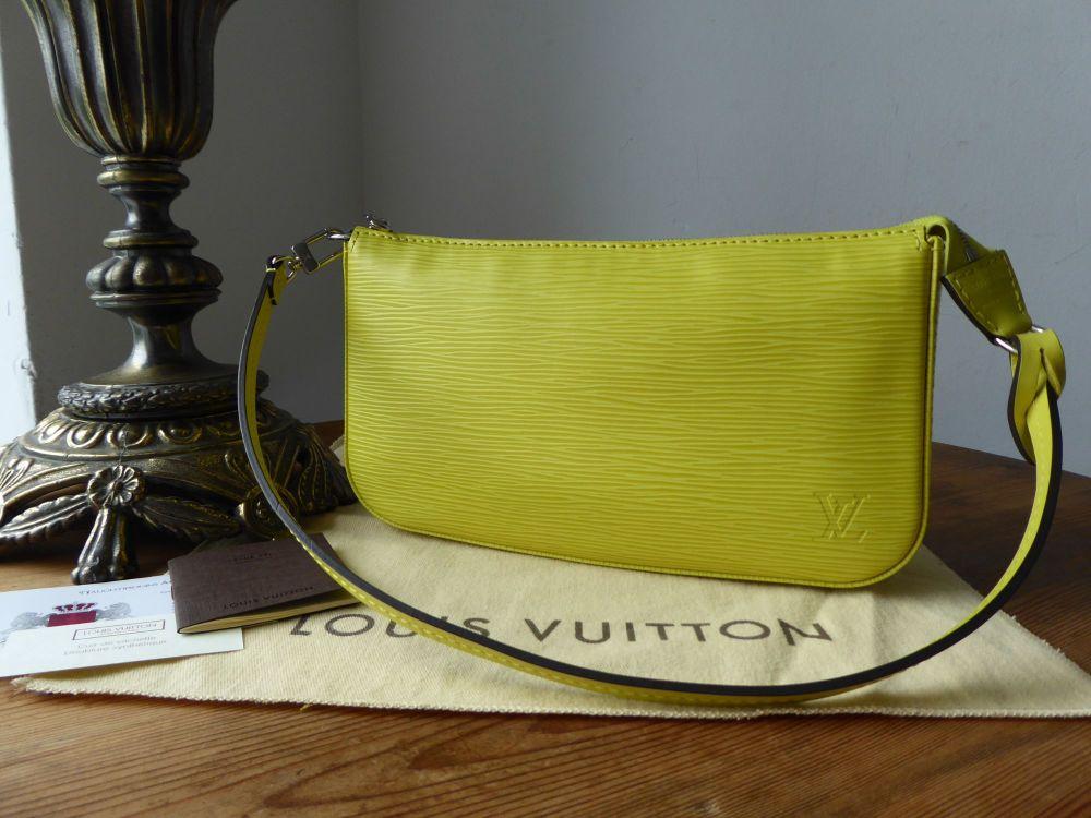 Louis Vuitton Pochette Shoulder Bag in Epi Pistache