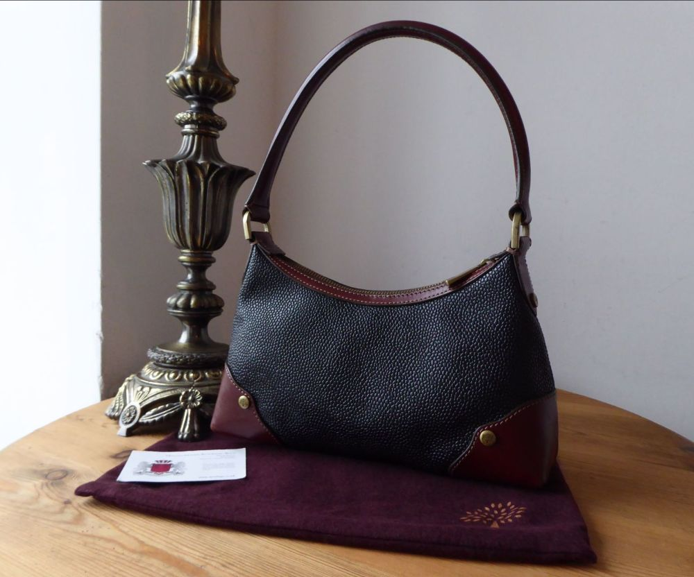 7442d95f558 Mulberry Small Vintage Shoulder Bag in Black Scotchgrain with Branston Leat