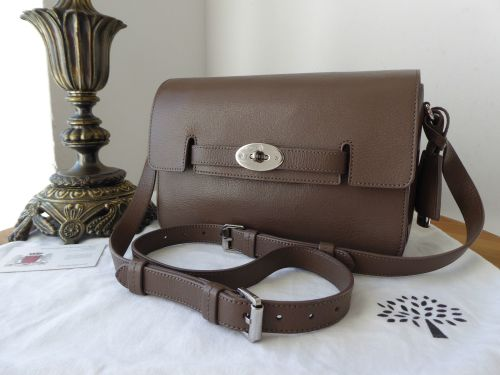 25d9638dc9b9 Mulberry Bayswater Shoulder Bag in Taupe Shiny Goat Leather with Silver Har