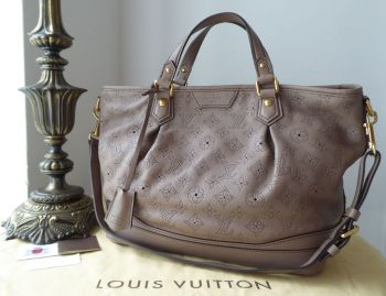 Louis Vuitton Stellar PM in Mahina Poudre - SOLD