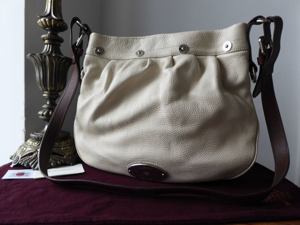 Mulberry Mitzy Messenger in Petticoat White Pebbled Leather with Silver Har