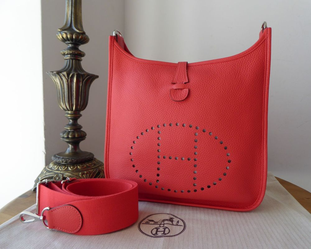 Hermés Evelyne lll GM in Rose Jaipur Clemence Leather with Palladium Hardwa