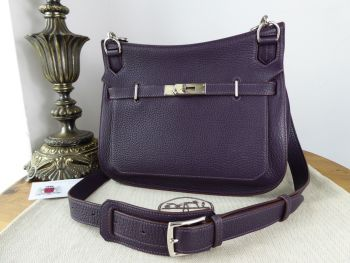 Hermés Jypsière 28 in Raisin Taurillon Clemence Leather with Palladium Hardware