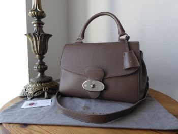 Mulberry Primrose Shoulder Bag in Taupe Silky Classic Calf Leather - SOLD