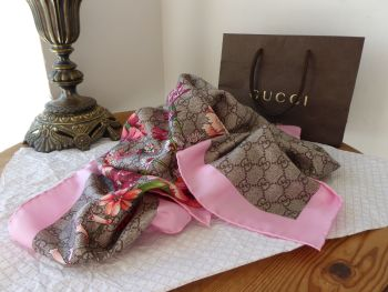 Gucci Spring Bouquet Silk Square Scarf in Beige Pink GG Monogram Twill -  SOLD