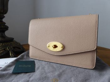 Mulberry Small Darley Shoulder Clutch in Rosewater Small Classic Grain - New