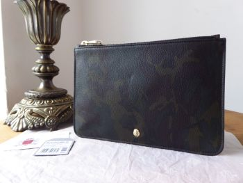 Mulberry Cara Delavingne Medium Zip Pouch in Khaki Camo Printed Goat Leather - New* - SOLD