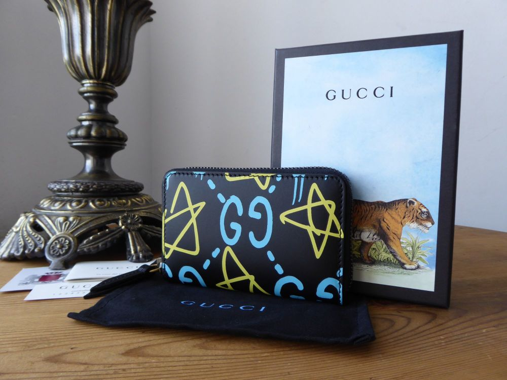 Gucci Ghost Compact Zip Around Coin Wallet Card Case in Black Multi Calfski