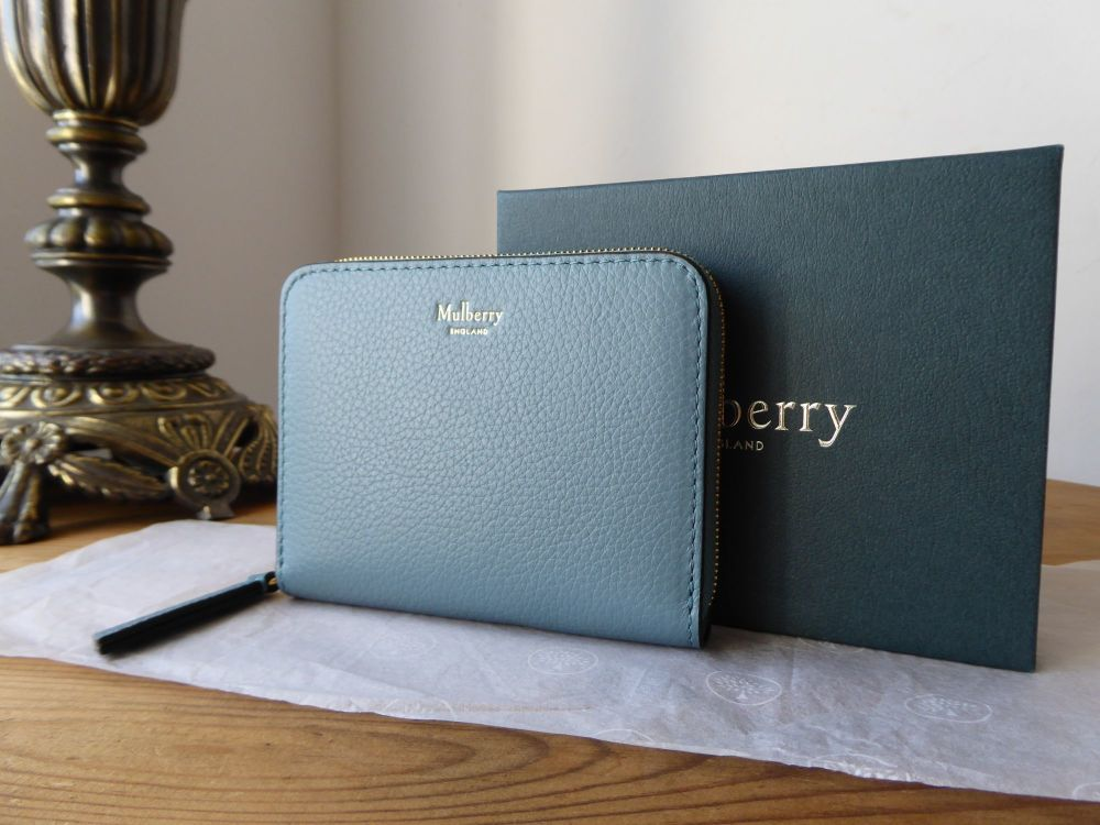 Mulberry Small Zip Around Purse in Frozen Small Classic Grain Leather - New