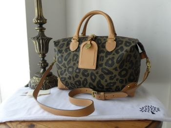 Mulberry Small Clipper Duffle in Leopard Print Bird's Nest Scotchgrain - New