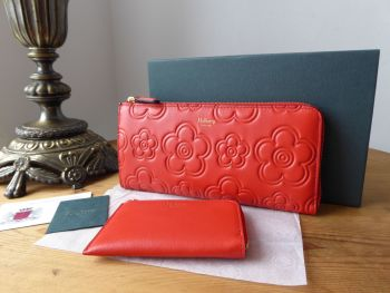 Mulberry High Frequency Flower Embossed Long Part Zip Around Continental Wallet Purse in Hibscus Red - New