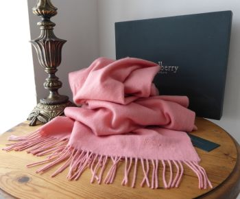Mulberry Large Fringed Wrap Scarf in Macaroon Pink 100% Lambswool