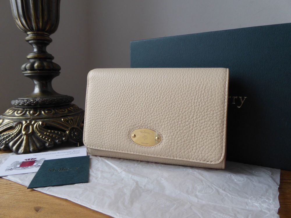Mulberry Plaque Medium French Purse Wallet in Linen Beige Small Classic Gra