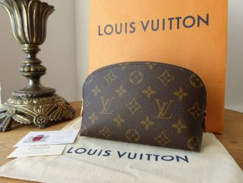 Louis Vuitton Cosmetic Pouch in Monogram - New