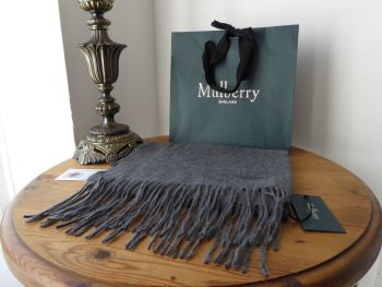 Mulberry Classic Cashmere Fringed Winter Scarf in Grey Melange  - New