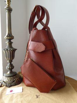 Louis Vuitton Sac D'epaule Twist Bucket Hobo with Zip Pouch in Epi Marron