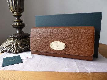 Mulberry Plaque Continental Purse Wallet in Oak Small Classic Grain - New*