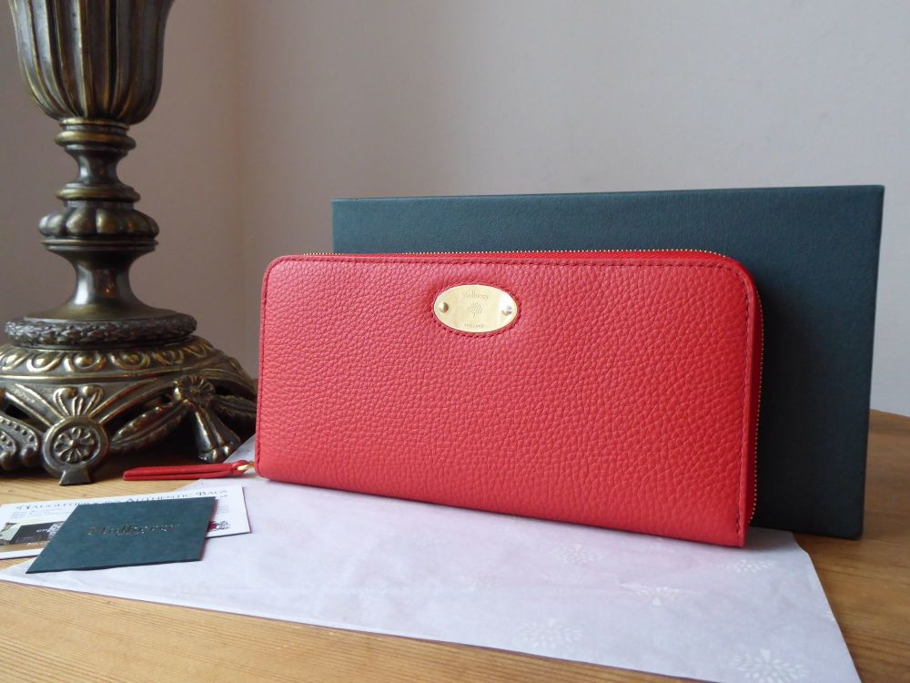 Mulberry Plaque Continental Zip Around Wallet Purse in Hibiscus Red Small C