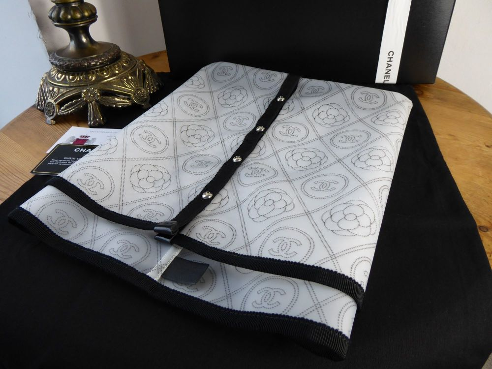 Chanel Bag Raincoat - New*