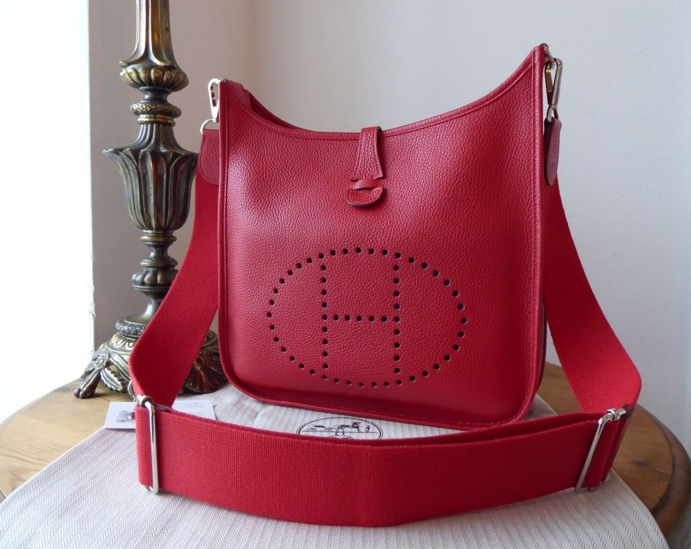Hermés Evelyne III 29 PM in Rouge Casaque Clemence Leather with Palladium H