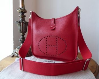 Hermés Evelyne III 29 PM in Rouge Casaque Clemence Leather with Palladium Hardware