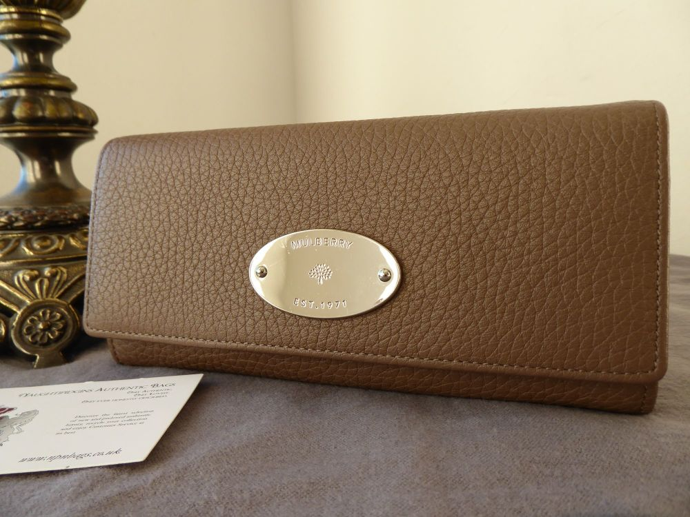 Mulberry Plaque Continental Purse Wallet in Taupe Soft Grain