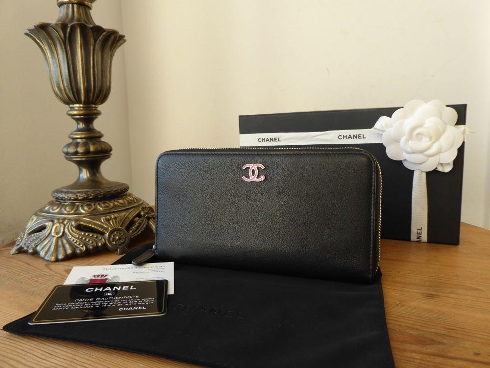 Chanel Zip Around Continental Wallet Purse in Vintage Black Calfskin with P