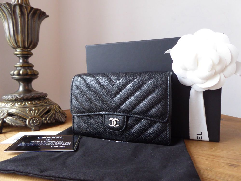Chanel Medium Flap Purse Wallet in Chevron Quilted Black Caviar with Silver