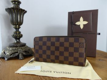 Louis Vuitton Zippy Wallet Continental Purse in Damier Ebene