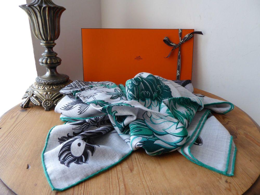 Hermés Chale Shawl Scarf 'Mythiques Phoenix' Coloriage in Cashmere Silk Gri